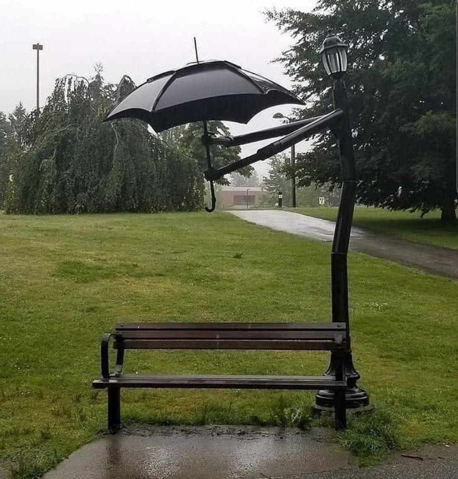 parapluie et banc